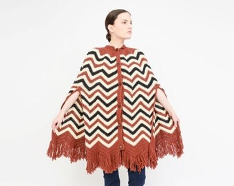 Vintage 70s Hand Knit Poncho - Chevron Striped Shawl Boho Hippie 1970s Fringe Cape - Ivory Brown Black XS S M