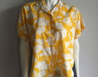 Vintage Women's 80's Floral Top, Yellow, White, Short Sleeve, Blouse (XL)
