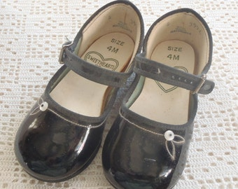 Vintage Mary Jane Shoes Black Size 4M Sweethearts of Fashion Original Box
