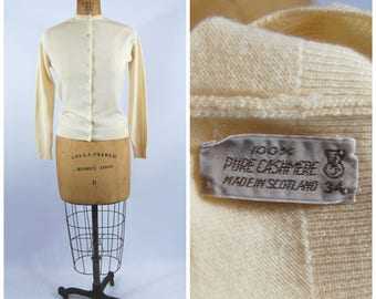 1950s Cashmere Cardigan Sweater - Cream // Ivory 1950s Cardigan // Made in Scotland Styled by Pringle Size 34