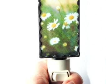 Daisy night light, stained glass light, daisy photograph, hallway light, unique night light,nite lite, flower night light,