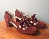 Vintage 1960s 1970s Shoes / Burgundy Suede Lace-Up Mod Heels  / Size 9.5 Women / Size 9 1/2