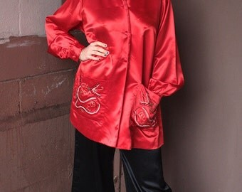 Vintage 1930's Satin Blouse // 30s 40s Ruby Red Chinese Bed Jacket with Dragon Embroidery // Mandarin Collar Pyjama Top // DIVINE