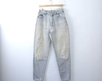 Vintage 80's Lee high waisted jeans, distressed mom jeans, tapered leg, light denim, size 12 / 10