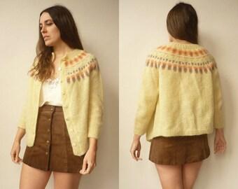 1970's Vintage Hand Knitted Icelandic Nordic Tapestry Fairisle Pattern Wool Cardigan