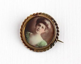 Sale - Antique Edwardian Gibson Girl Photographic Pin - Vintage 1910s Brass Coiled Frame Portrait Photo of Woman Picture Jewelry Brooch