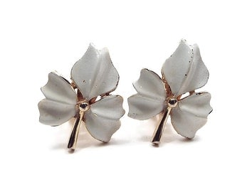 White Enameled Leaf Vintage Clip On Earrings Gold Tone Mid Century Mod Jewelry Spring Summer