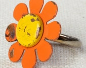 Orange & Yellow Vintage Daisy Ring 1960s Mod Enamel Flower Ring Adjustable Silver Tone Metal 7I
