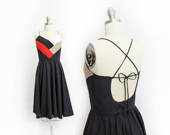 Vintage 1970s Dress - Black Color Block Backless Lace Up Full Skirt Dress 70s Small