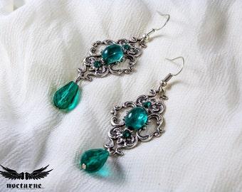 Emerald Green Stone Victorian Earrings - Statement Gothic Earrings - Victorian Gothic Jewelry