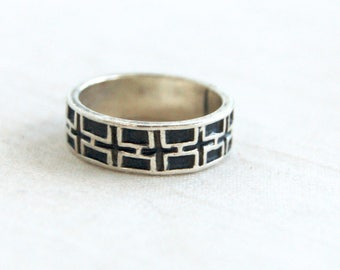 Mexican Ring Band Size 6 .75 Vintage Grid Cross Design Sterling Silver Modern Geometric Blocks