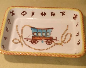 Vintage Western Chuck Wagon Ceramic Casserole Farmhouse  Baking Dish