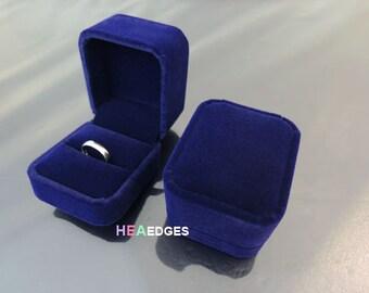 Jewelry Box - Dark Blue Velvet Ring Box Jewelry Case Packaging Supplies Velveteen Ring Jewelry Box & PINK Flocked Velvet Seashell Ring Box Beach Themed Earring Aboutintivar.Com