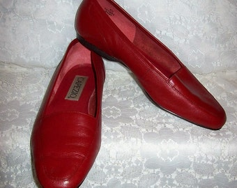 Vintage Ladies Red Leather Slip On Flats by Capezio Size 8 W Only 10 USD