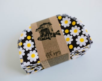 Baby Wipes - Set of 20 -  Double Layer  (daisies on black )