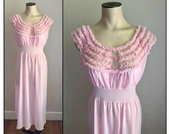 Vintage 1960s Misses' Nylon Nightgown