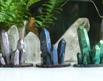 crystal cluster ring holders // polymer clay mounted on agate slices. super shiny. your choice of colour!