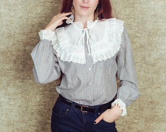 Romantic lace blouse, medium , cotton blouse, lace collar shirt, Striped blouse, victorian style blouse, striped shirt, ruffle collar,boho
