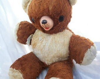 Darling Vintage BEAR Totally ADORABLE Classic ~ Stuffed/Plush with Rubber nose ~ 2 tone ~ Chub / Org Tag Cubbi Gund