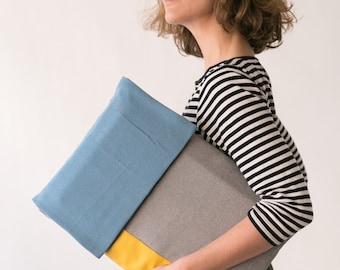 Grey Laptop Sleeve, Vegan Laptop Case, Padded Laptop Case, Padded Laptop Bag, Padded Laptop Sleeve, Gray Mac Sleeve, Colorful Laptop case
