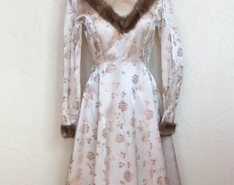 Winter Wonderland 1950's Satin Brocade & fur trimmed party Dress S
