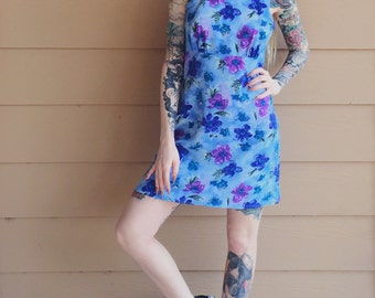 90's Floral Watercolor Summer Mini Dress // Women's size Small S