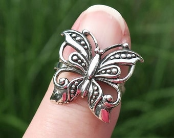 Pretty Vintage 925 Sterling Silver Butterfly Ring