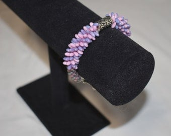 Lavender and pink beaded bracelet, beaded kumihimo bracelet, braided bracelet, beaded rope bracelet