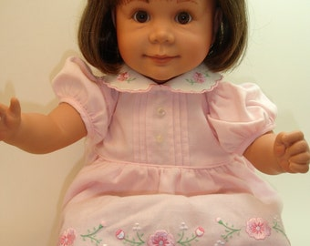 "Vintage 1991 VFM Pat Secrist 22"" Doll, hard vinyl with  weighted cloth body, gently used"
