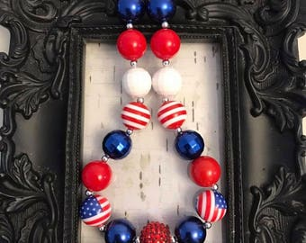 Patriotic, red, white and blue, july 4th chunky bubblegum necklace