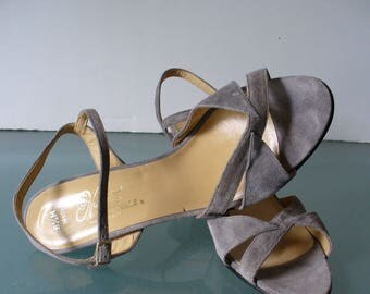 Vintage Nanette Originals Made in Italy Strappy  Suede Heels Size 8.5M