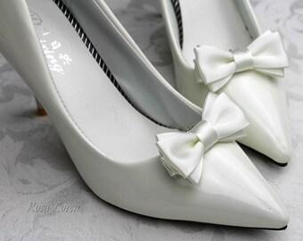 Ivory Shoe Clips Wedding, Ivory Wedding Accessories, Ivory Shoe Clip for Girls, Ivory Wedding Shoe Clips for Wedding, Ivory Shoe Bows