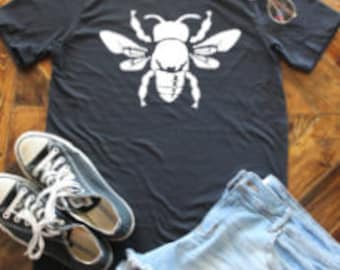 Honeybee Shirt / Save the Bees / Save the Queen / Queen Bee / Save the Honeybees