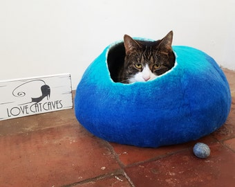 Felted Cat cave Bed House cat nap Cocoon Blue and Teal wool with FREE Ball Toy