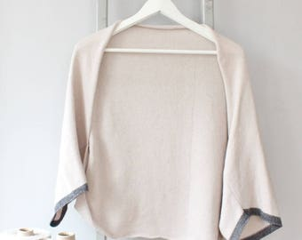 SALE ITEM* Discounted Cream knitted lambswool shrug