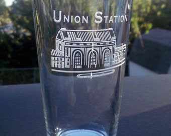 Kansas City Union Station, Etched Pint Glass,16 oz. KC Pint Glass, Kc Souvenirs, KC Landmark Glasses, KC Skyline, Union Station Kc, kc Icon