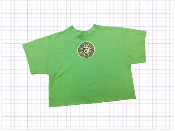 90's Celestial Neon Green Cotton Crop Top Medium - Sun Patch Crop Top - Acid Green Cropped T-shirt Vintage Celestial Sun Crop Top Cotton Tee