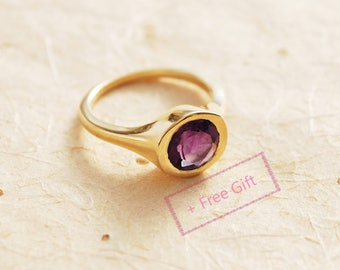 Unique engagement ring, Amethyst Engagement Ring, 14K Gold and Amethyst ring, Personalized birthstone ring, February birthstone ring
