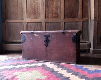 Antique Trunk, Wooden Trunk, Storage Trunk, Steamer Trunk, Trunk Coffee Table, Decorative Storage