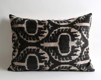 black ikat pillow, ikat pillows, velvet, throw pillow, decorative pillows, velvet ikat cushion, velvet cushion, black white pillow