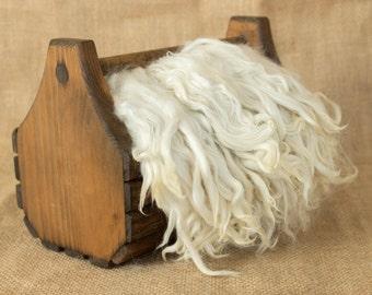 White Suri Alpaca Locks: 1 ounce (Quantum Leap) Fiber for Felting, Spinning or Doll Hair