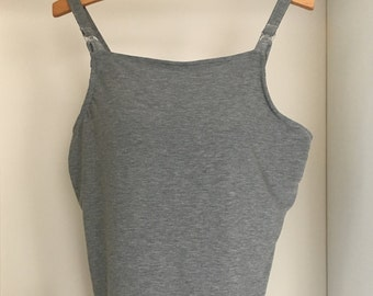 Maternity tank top with built in bra