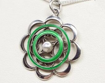 Antique Edwardian Sterling Silver Green Enamel & White Pearl Pendant Necklace