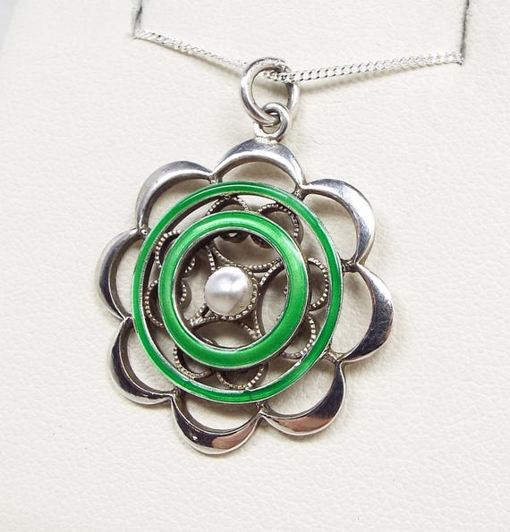 Antique Edwardian Sterling Silver Green Enamel & White Pearl Pendant Necklace