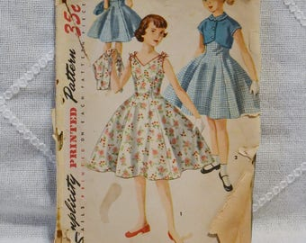 Vintage Simplicity 1184 Sewing Pattern Girls Dress Size 8 Crafts  DIY Sewing Crafts PanchosPorch