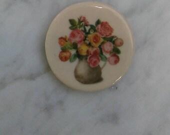 Magnet NEW Porcelain showing flowers in vase