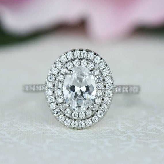 How Many Carats Is Good For An Engagement Ring