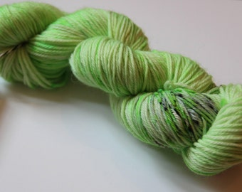 DK weight Sock Yarn superwash wool and nylon in color 'Ruohot ja mullat'