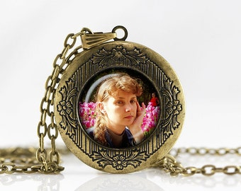 Custom Locket Necklace Photo Locket Necklace Personalized Photo Locket Customized with your Photo