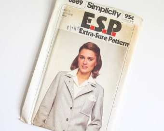 SIZE 12 14 16 8689 Simplicity Women's Unlined Jacket Blazer UNCUT Sewing Pattern Vintage 1970s Seventies Notched Collar Button Patch Pockets